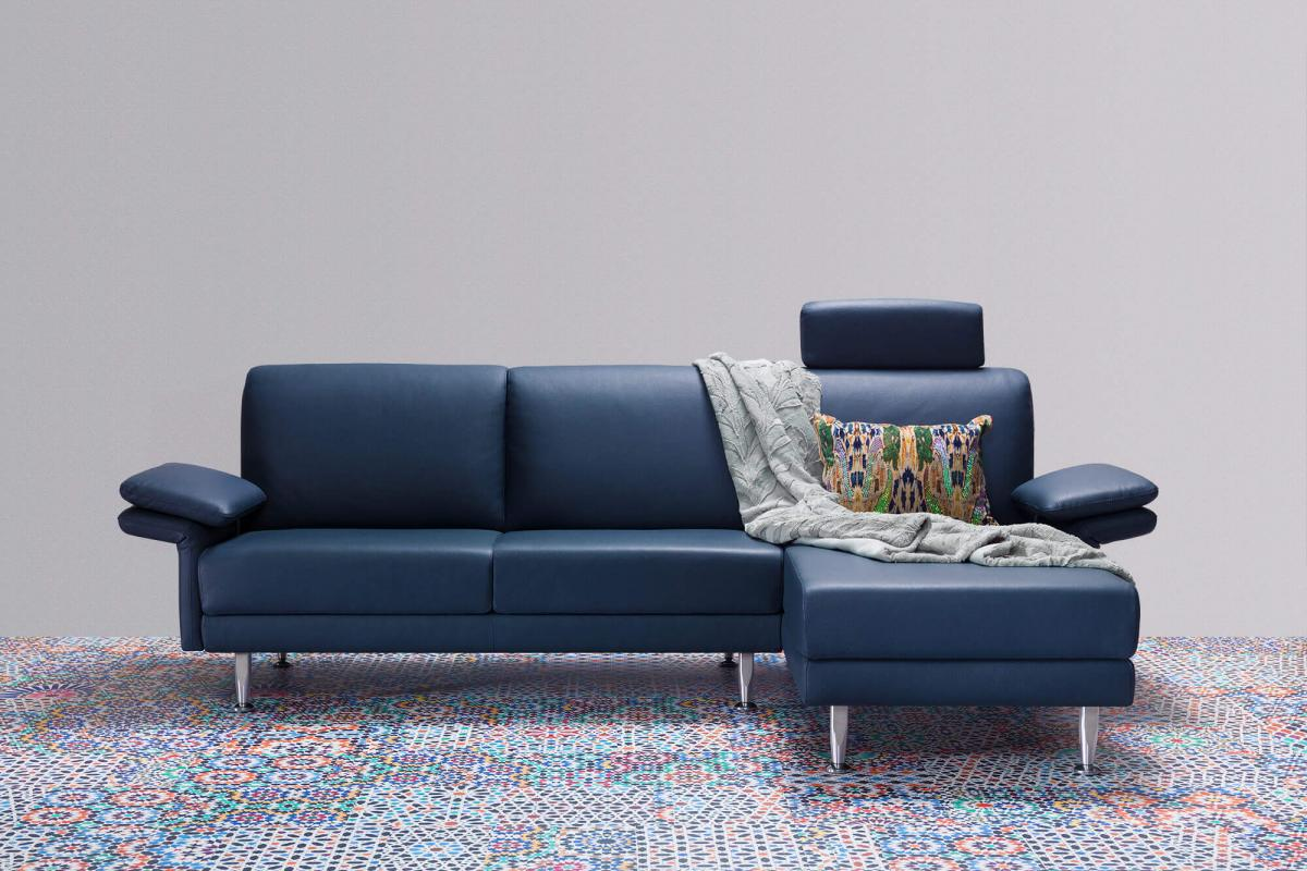 Horst Collection Schweiz Switzerland Suisse Melide Sofa Canape Design Moebel  Furniture Meubles Blau Blue Bleu Leder